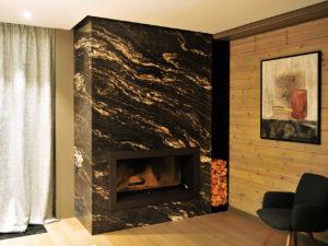Эксклюзивный камин в мраморной облицовке от Альмод