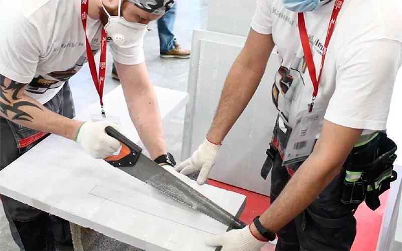Специалисты Almod пилят силикат кальция